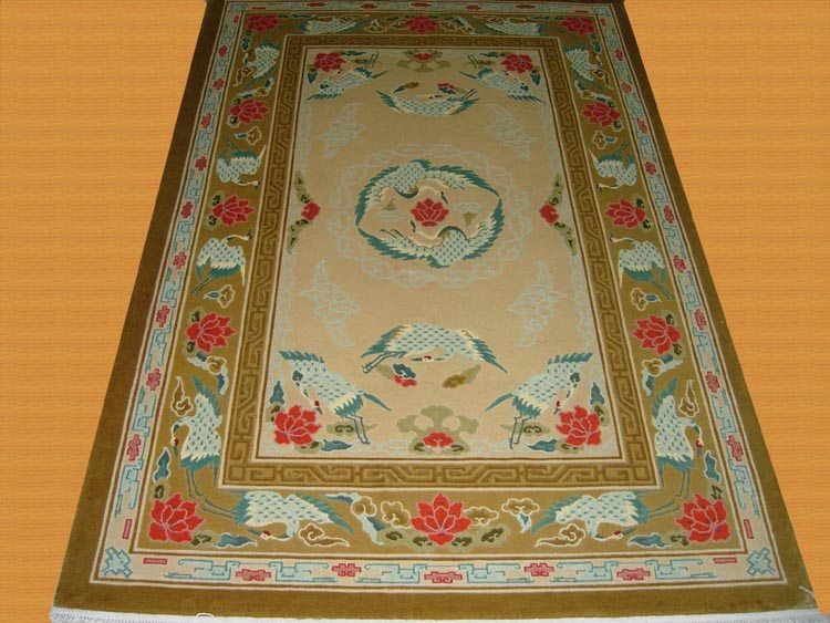 crane design spun silk carpet